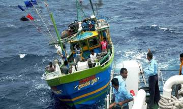 Two Indian nationals held by Sri Lankan Navy for smuggling heroin