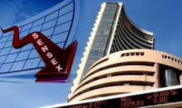 Sensex plunges overs 1000 points, Nifty down 300 points as Wall Street sees biggest decline since 2011