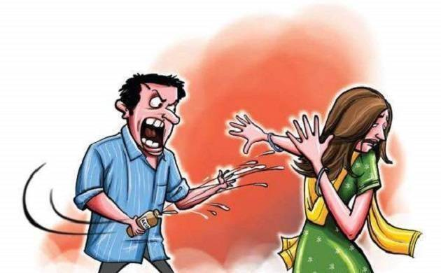 Autorickshaw driver throws acid on married woman after she denies his marriage proposal in Jaipur Mall (Representative Image)