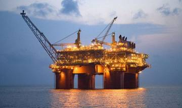 India seeks stake in Iranian oilfield, will raise crude oil imports