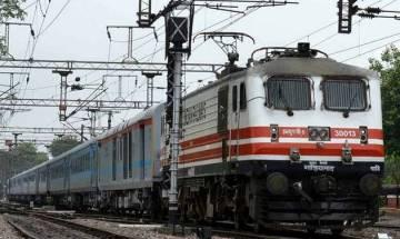 Madhya Pradesh: Man kicks out a youth from running train near Bhopal saying I will die, so I'll kill you