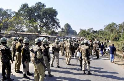 Armed SSB men 'free' murder accused officer from police custody