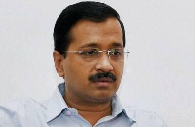 Police seizes hard disk from Kejriwal's house; CM knocks on LG's doors