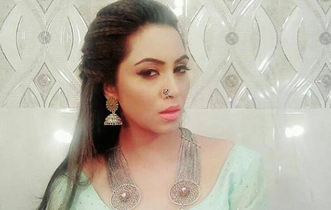 Bigg Boss 11 contestant Arshi Khan to make SPECIAL appearance in THIS popular show (Source- Arshi Khan's Twitter)