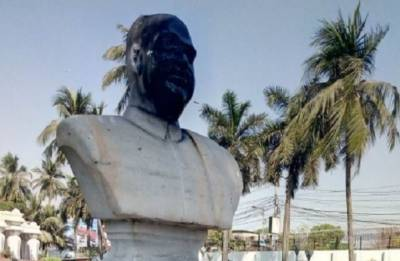 Statue vandalism: Home ministry says DMs, SPs 'personally responsible' for damage