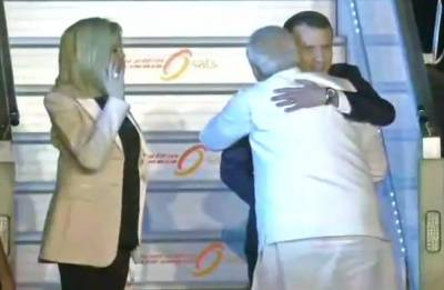 French President Emmanuel Macron arrives in India, gets PM Modi's welcome hug