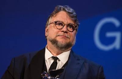 Director Guillermo del Toro announces divorce