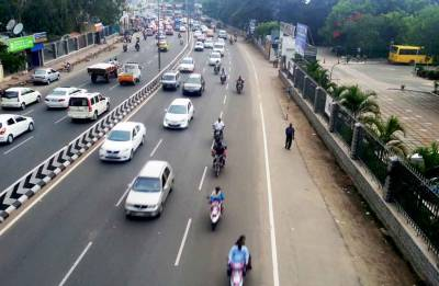 Cars can go up to 70 kmph in cities as Transport Min Nitin Gadkari clears proposal for capping speed limit on urban roads
