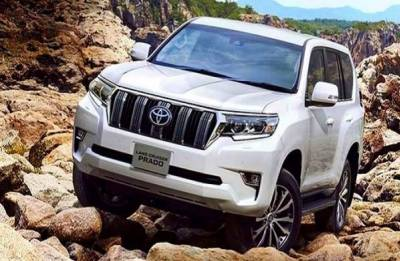 2018 Toyota Land Cruiser Prado facelift launched in India at Rs 92.60 lakh. Know more