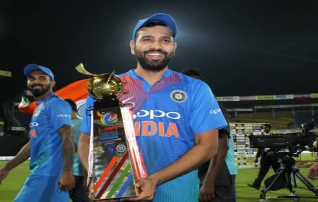 Rohit Sharma explains Why Vijay Shankar sent ahead of Dinesh Karthik(Source - BCCI Twitter)