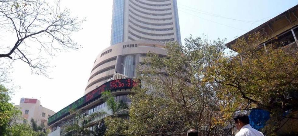Sensex climbs 139 points to close above 33,000-mark