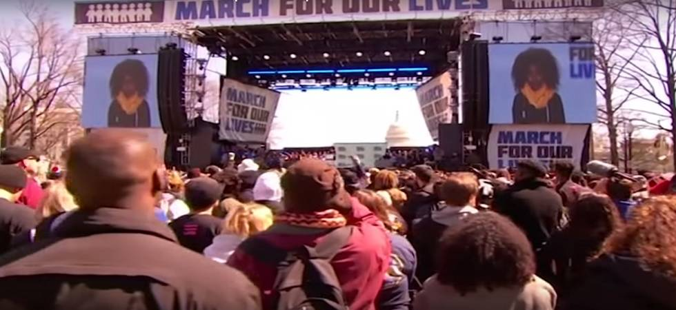 March for Our Lives: Thousands gather outside White House to protest US gun violence