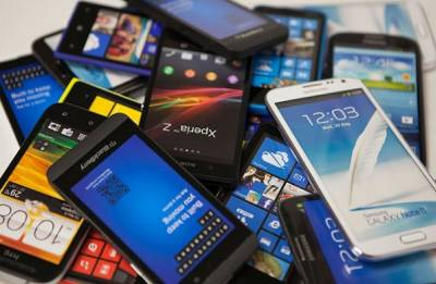 India overtakes Japan to become world's second largest smartphone maker