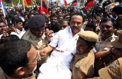 Cauvery Row: MK Stalin leads Opposition in statewide protest, gets detained