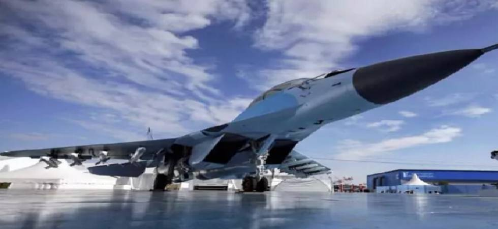 Indian Air Force seeks Rs 100,000 crore fighter jets in world's largest defence deal (Source: PTI)