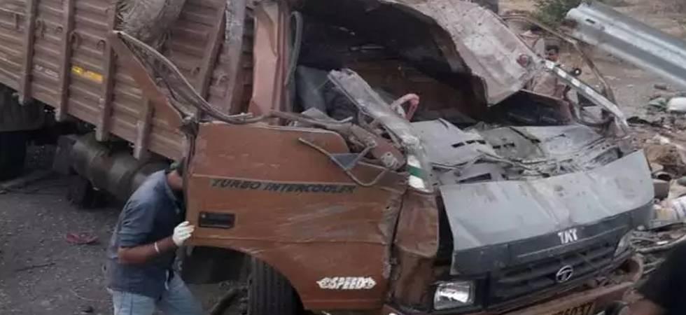 Maharashtra: 18 killed after speeding truck crashes on highway near Satara (ANI Photo)