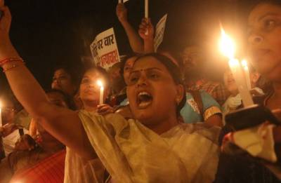 Rahul Gandhi leads candle march at India Gate to protest gang-rape incidents