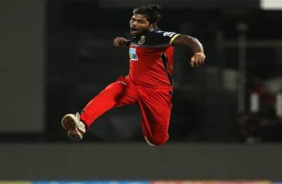 IPL 2018 RCB vs KXIP Highlights: AB de Villiers turns Bangalore innings alone, completes half century
