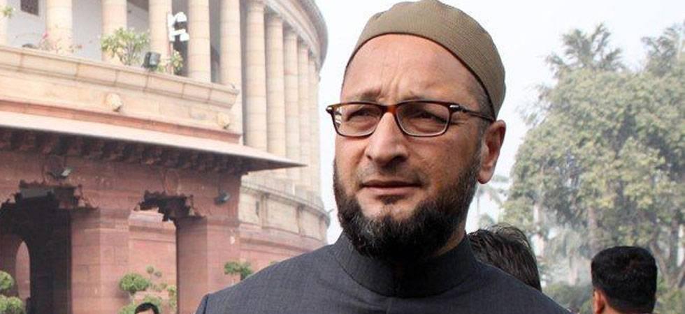 Owaisi slams govt over Mecca Masjid verdict, seeks re-trial (Source-PTI)