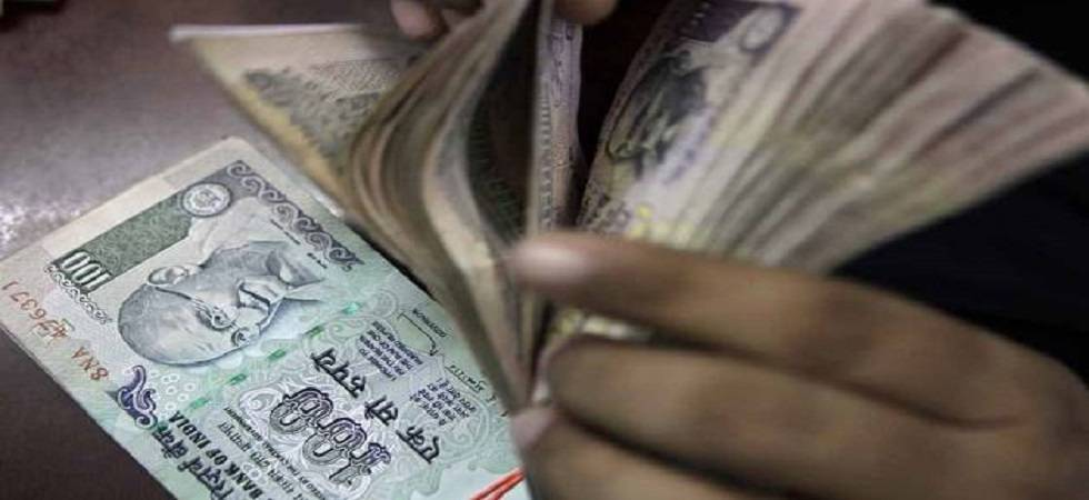 Rupee at 65-66 against dollar reflects 'fair valuation': DEA Secy (Source - file pic)