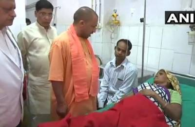 UP: Yogi Adityanath visits dust-storm affected people; announces ex-gratia of Rs 4 lakh for kin of diseased