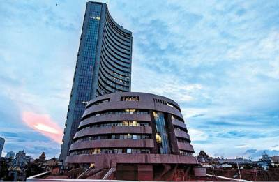 Sensex, Nifty extend losses for 5th straight session over political concerns in Karnataka