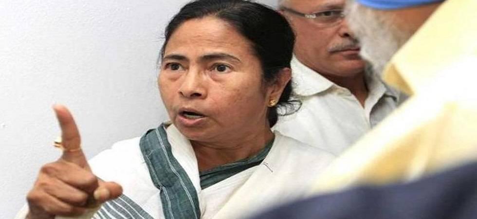 TMC torturing BJP workers in Bengal alleges Jharkhand CM Raghubar Das