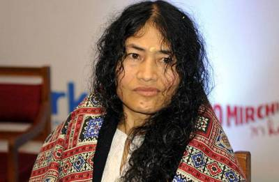 Irom Sharmila calls on JK CM Mehbooba Mufti in Srinagar