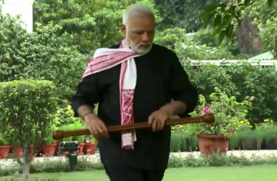 PM Modi shares exercise video, nominates HD Kumaraswamy for #FitnessChallenge