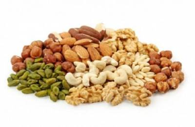 Nuts for the hearts:  Know the five benefits of eating nuts
