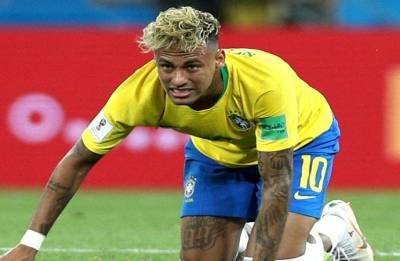 FIFA World Cup 2018: Neymar hobbles out of training, setting Brazilian alarm bells ringing