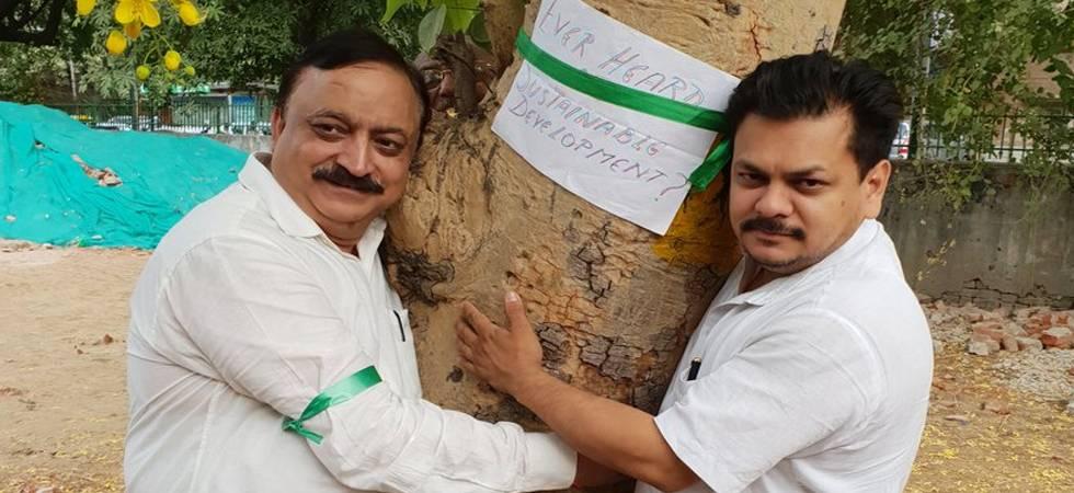 #DelhiChipkoAndolan: People protest against Centre's plan to cut 17,000 trees