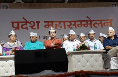 Full statehood for Delhi: Kejriwal urges all parties to unite