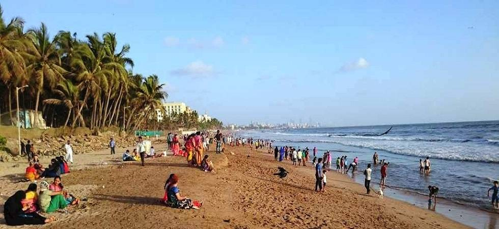 Choppers deployed to trace four feared drowned off Mumbai's Juhu beach (Representative Photo)
