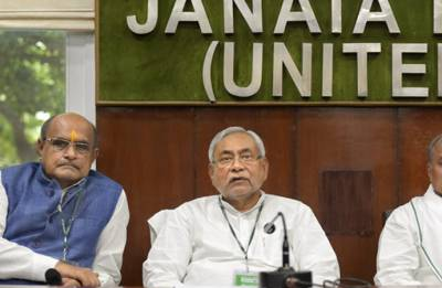 Politicking in full gear, political manoeuvring in full flow in Bihar