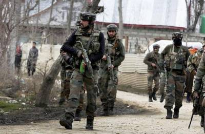 Jammu and Kashmir: Two militants, civilian killed in Shopian encounter
