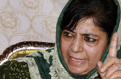 Mehbooba Mufti warns of 'dangerous consequences' if Delhi tried to repeat 1987, break PDP