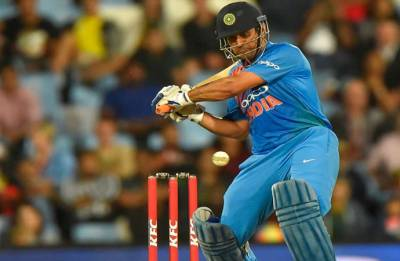 MS Dhoni becomes 4th Indian batsman to score 10,000 runs in ODIs