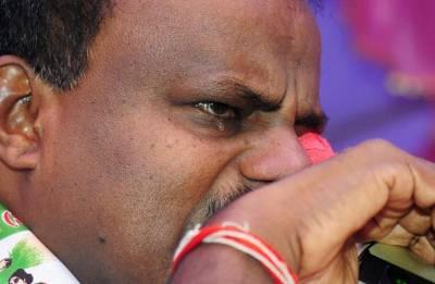 'Swallowing pain like Shiva': Tearful Kumaraswamy on coalition with Congress