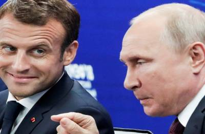 Macron congratulates Putin for hosting 'perfect' World Cup