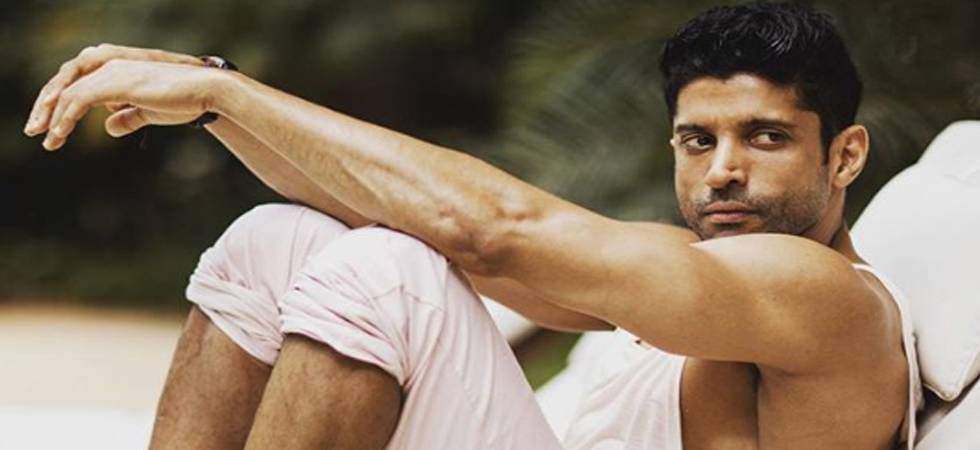Farhan Akhtar looks smoking HOT after physical transformation  (Photo: Instagram)
