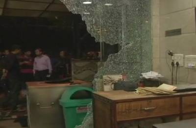 South-east Delhi restaurant vandalised by delivery boys