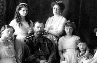 100,000 Russians mark 100 years since murder of last Tsar