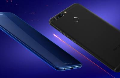 Honor 8 Pro 6GB blue color on sale today, at just Re 1