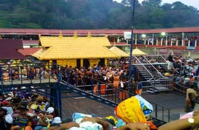 Women can enter and pray at the Sabarimala temple just like men do: SC