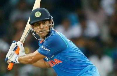 How much money will MS Dhoni lose if he retires from ODI?