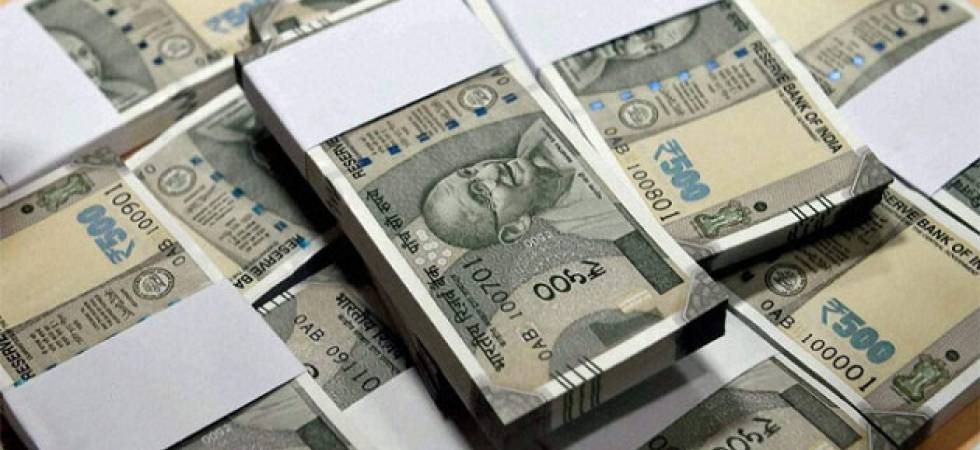 FBIL sets rupee reference rate at 68.5652 against dollar