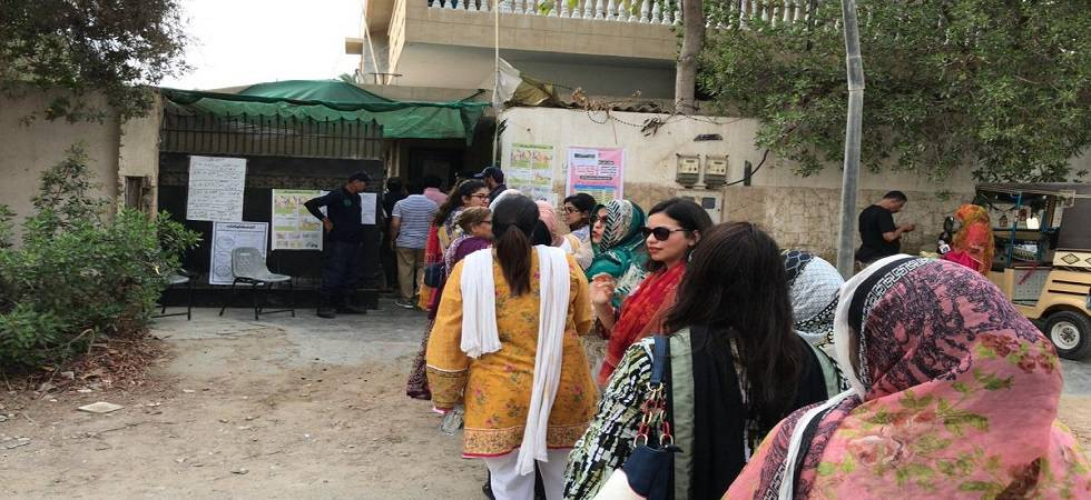 Pakistan army stops media persons from entering polling stations in Punjab (Photo- Twitter)