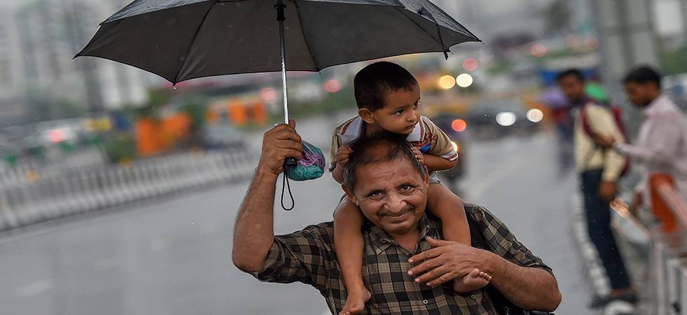 Mercury falls as rain gods show mercy on Delhi  (Photo: PTI)