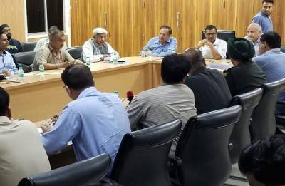 Kejriwal holds emergency meeting as Haryana releases five cusecs of water